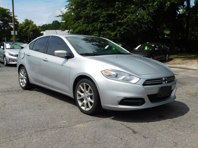 Dodge Dart Sxt >> Pre Owned 2013 Dodge Dart Sxt Rallye Rallye 4dr Sedan In Chesapeake
