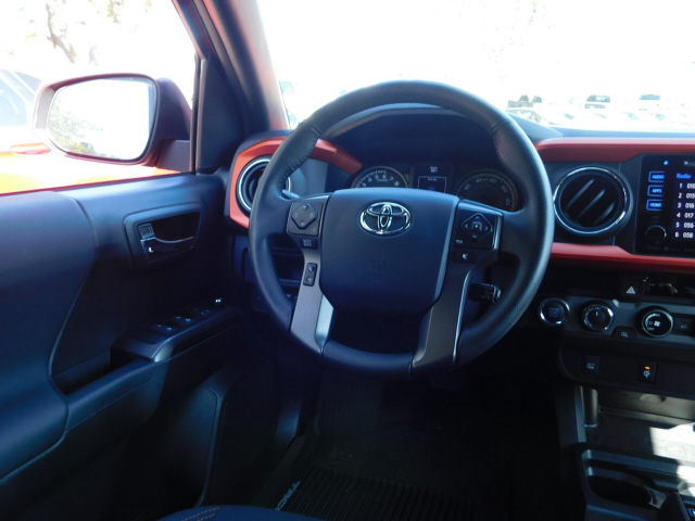 Pre-Owned 2017 Toyota Tacoma