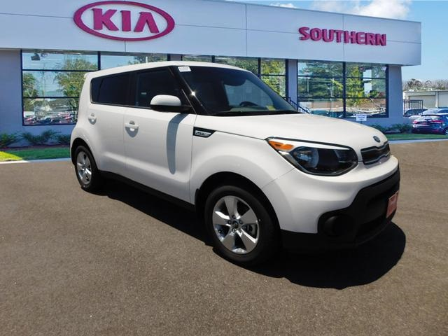 New 2017 Kia Soul Base