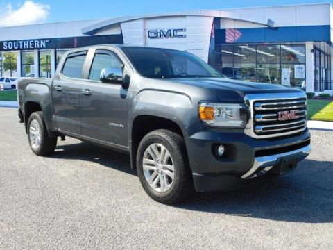Pre-Owned 2017 GMC Canyon SLT